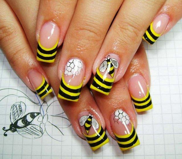 Пчелки – летний дизайн ногтей